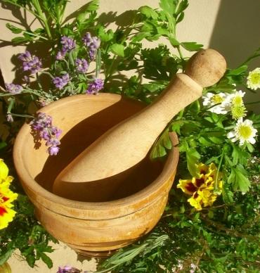 Народное лечение кистозно-фиброзной мастопатии травами и компрессами из овощей