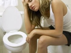 Что делать, если появилась тошнота, и желудок болит?