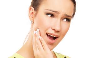 Плеоморфная аденома околоушной слюнной железы: причины, симптомы , лечение и прогноз