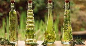Запах розмарина выявляет бактерицидные свойства и к тому же благотворно влияет на мозг человека, улучшая память