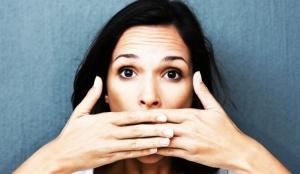 Как правильно остановить икоту взрослому человеку?