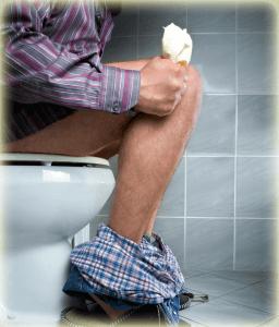 Запор - одна из причин возникновения болезней ануса