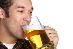 Выясняем, в чем заключается польза пива для мужчин
