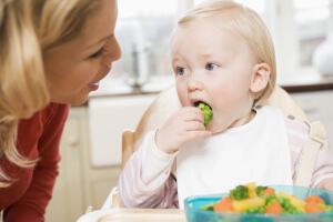 В рацион питания ребенка должны входить овощи