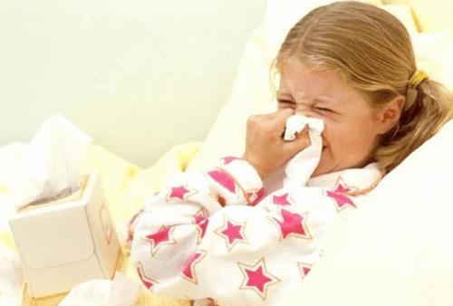 Чем лечить золотистый стафилококк в носу: эффективные средства