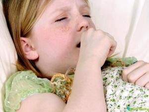Для лечения кашля часто применяют народные средства