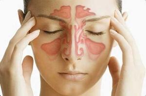 Чем промывать нос при гайморите: наиболее эффективные средства