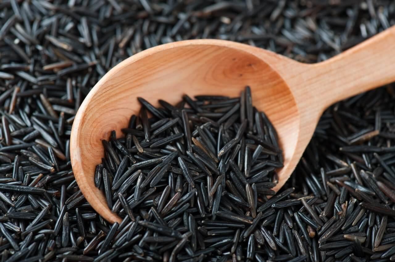 Польза черного риса: заряд энергии не целый день