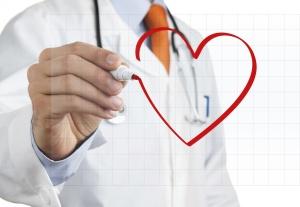 При подозрении на инфаркт срочно вызывайте скорую помощь