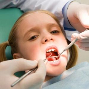 Серебрение зубов у детей: особенности проведения процедуры, отзывы