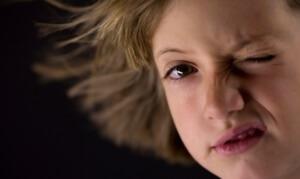 Симптомы лицевого гемиспазма: основные признаки, причины нарушения
