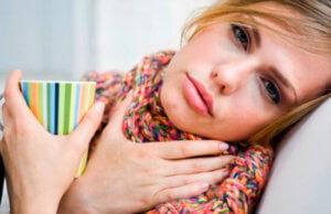 Возможно ли лечение ангины без антибиотиков: выясняем