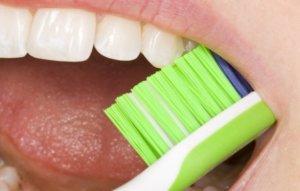 Правильных уход - залог здоровья зубов