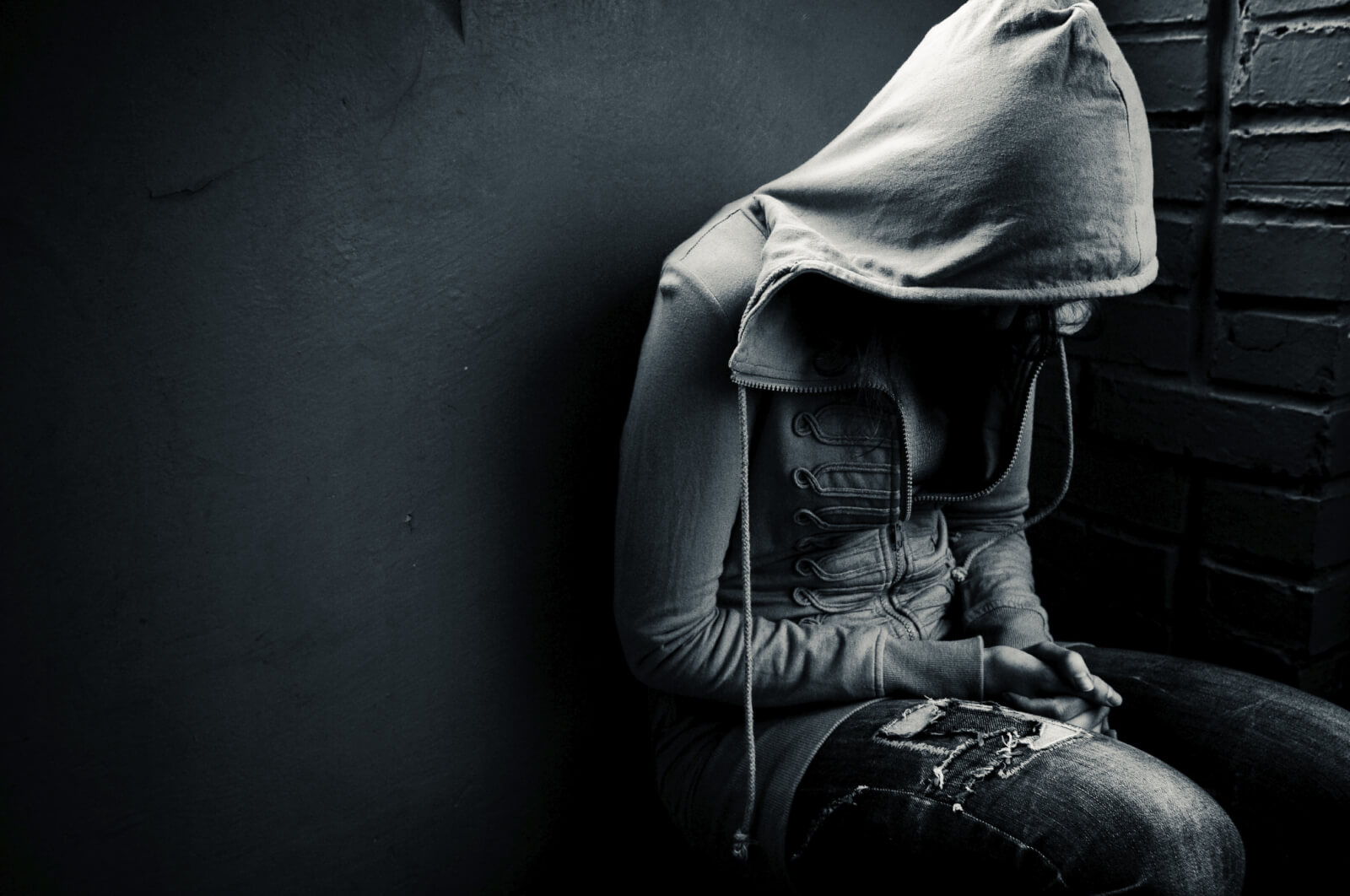 Что такое реактивная депрессия: симптомы и факторы развития