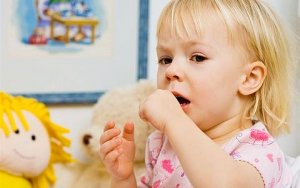 Особенности лечения кашля у двухлетнего ребенка: советы специалистов