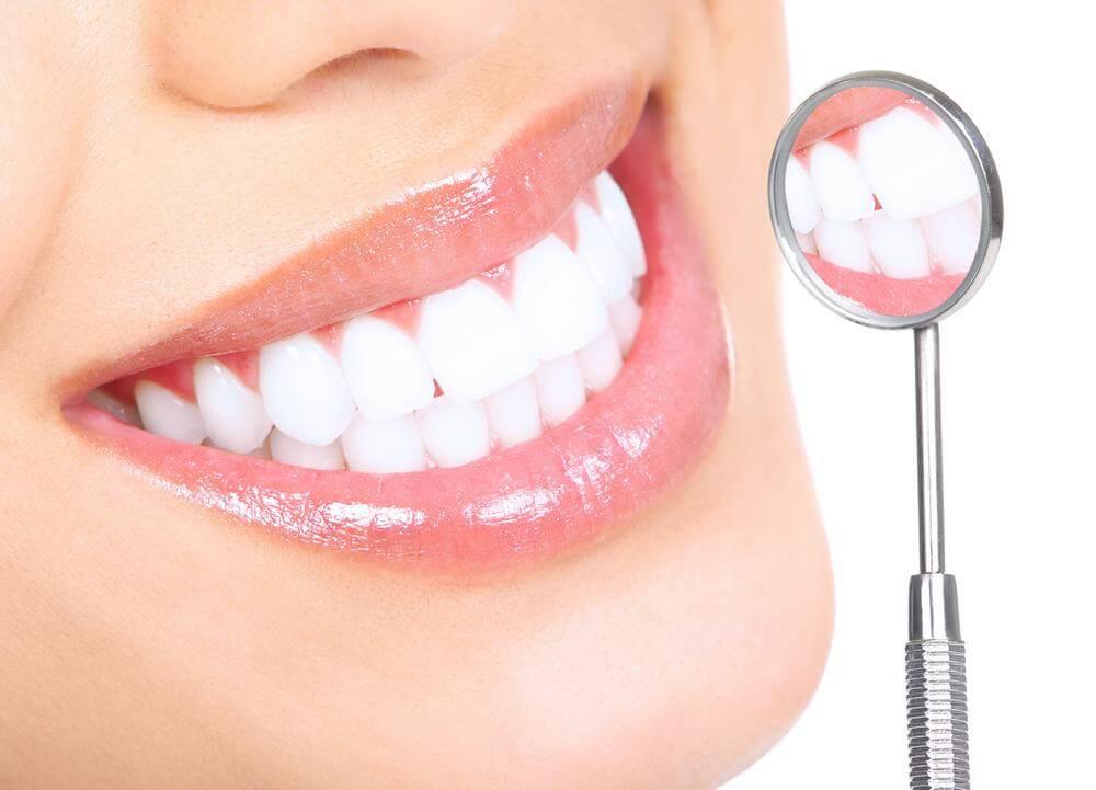 Сколько стоит отбеливание зубов в стоматологии?