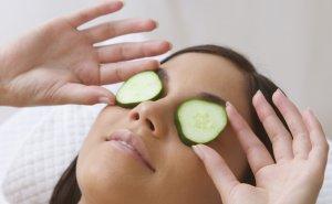 Народные рецепты в качестве дополнения при лечении заболеваний глаз