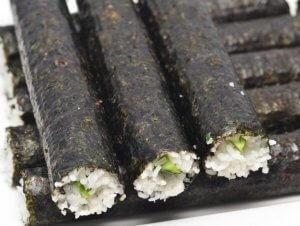 Гарнир из морской водоросли нори