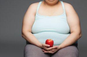 Увеличение веса ведет к задержке месячных
